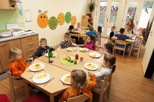 Gemeinsame Mahlzeiten sind Ritale im Alltag der Kinder